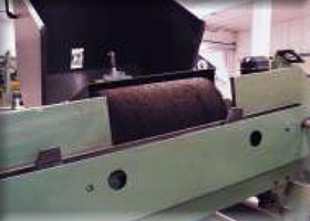 Roller brush mounted on Automatic Deburring Machine