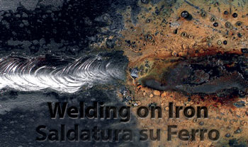 Cleaning of welding on iron with brush in abrasive nylon SIT Tecnospazzole