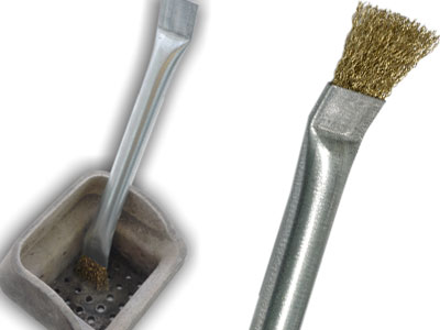 Small Brush to clean Pellet stove braziers from combustion residues